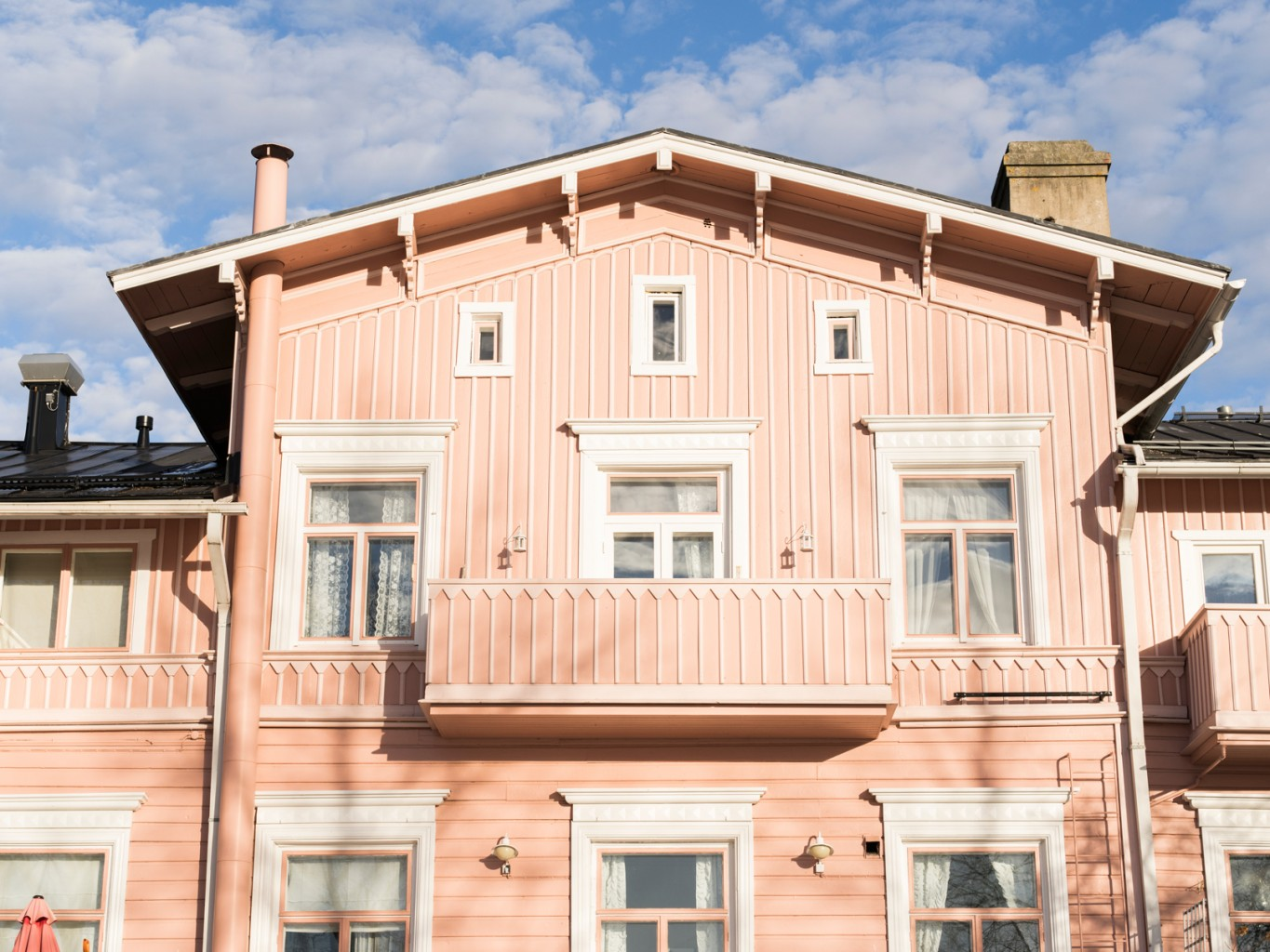 Liisas-Pink-house